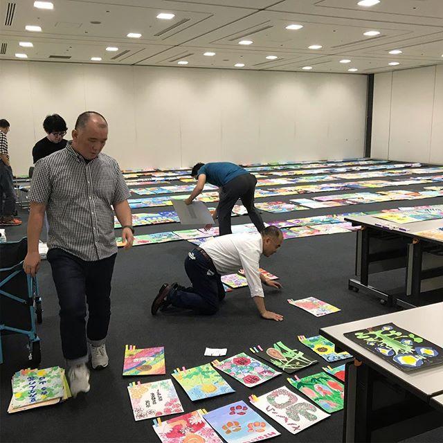 10月7日の日曜日は『瀬戸内デザイングランプリ2018』審査会でした! 今年は応募総数955点! デザインレベルも年々アップしています!